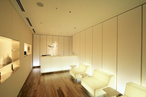Interior design, Room, Property, Building, Architecture, Ceiling, Wall, Floor, House, Furniture,