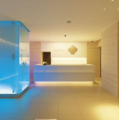Property, Room, Interior design, Ceiling, Floor, Lighting, Building, Architecture, House, Wall,