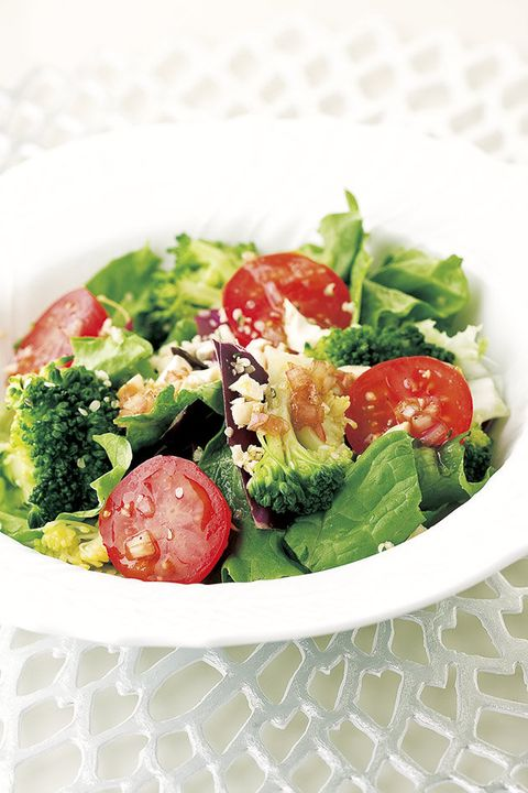Dish, Food, Cuisine, Salad, Vegetable, Leaf vegetable, Ingredient, Cruciferous vegetables, Spinach salad, Caesar salad,