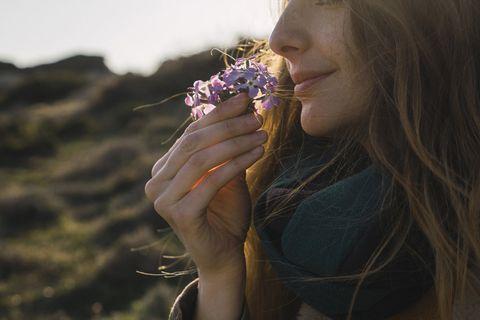 Hair, Beauty, Lip, Flower, Spring, Summer, Blond, Hand, Plant, Smile,