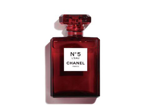 Perfume, Product, Red, Water, Fluid, Bottle, Magenta, Liqueur, Glass bottle, Liquid,
