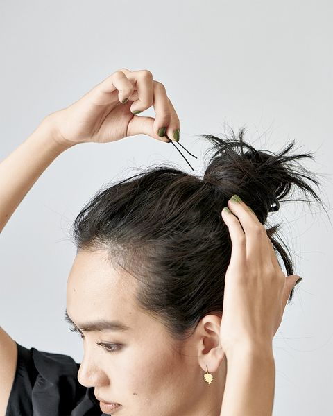 Hair, Hairstyle, Beauty, Chignon, Skin, Head, Forehead, Black hair, Long hair, Bun,