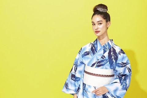 Clothing, Kimono, Fashion model, Hairstyle, Costume, Fashion, Photo shoot, Fashion design, Dress, Shimada,