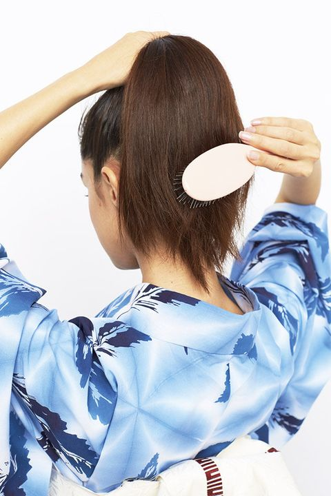 Hair, Hairstyle, Beauty, Long hair, Neck, Bangs, Brown hair, Ear, Hime cut, Japanese idol,
