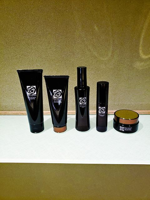 Product, Cosmetics, Material property, Liquid, Cup, Gloss, Eye liner,
