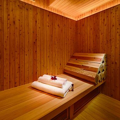 Sauna, Wood, Interior design, Room, Wood stain, Hardwood, House, Log cabin, Plywood, Lumber,