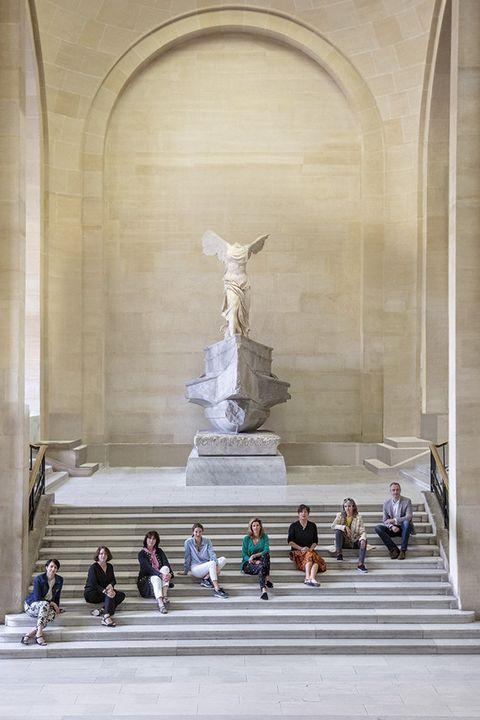 Sculpture, Statue, Architecture, Monument, Building, Tourist attraction, Arch, Art,