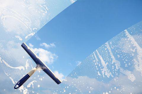 Sky, Blue, Aerospace engineering, Airplane, Daytime, Aircraft, Atmosphere, Cloud, Air travel, Wing,