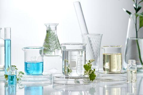 Product, Glass, Water, Transparent material, Beaker, Vase, Chemistry, Solution, Laboratory equipment, Highball glass,