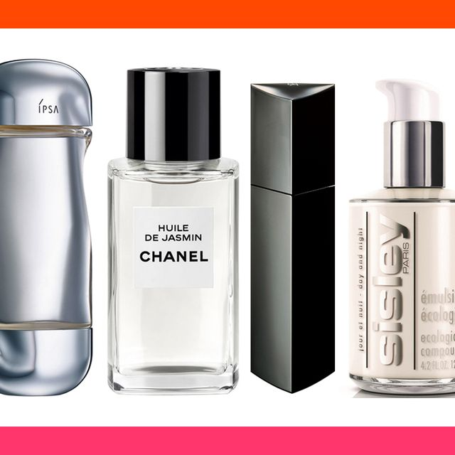 Product, Perfume, Water, Bottle, Beauty, Liquid, Spray, Fluid, Glass bottle, Material property,