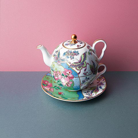 Teapot, Kettle, Porcelain, Serveware, Tableware, Teacup, Ceramic, Saucer, Cup, Dishware,