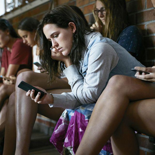 Sitting, Youth, Leg, Fashion, Fun, Thigh, Smile, Photography, Leisure, Happy,
