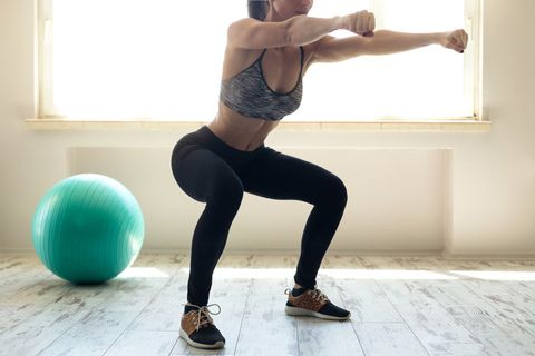 Shoulder, Strength training, Human leg, Leg, Thigh, Exercise equipment, Arm, Standing, Physical fitness, Ball,
