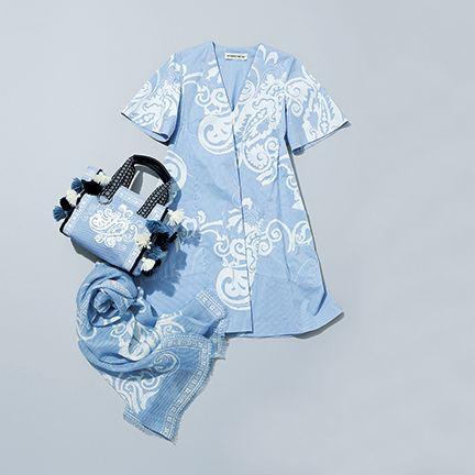 White, Blue, Product, Illustration, Design, T-shirt, Font, Sleeve, Textile, Photography,