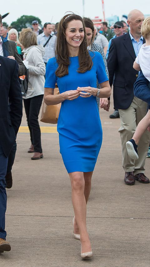 Blue, Cobalt blue, Clothing, Electric blue, Dress, Fashion, Cocktail dress, Footwear, Event, Leg,