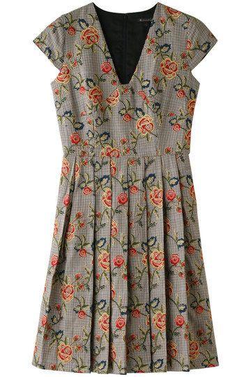 Clothing, Day dress, Dress, Sleeve, Neck, Vintage clothing, Pattern, Pattern, Cocktail dress, Blouse,