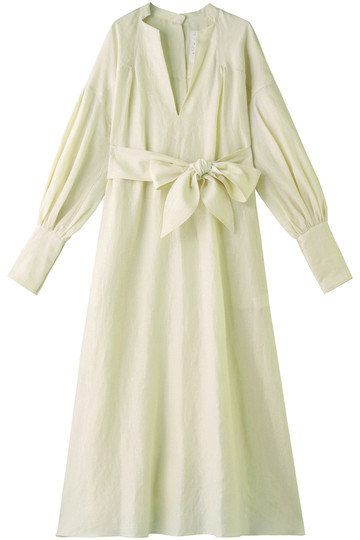 Clothing, White, Robe, Dress, Day dress, Sleeve, Outerwear, Nightwear, Collar, Gown,