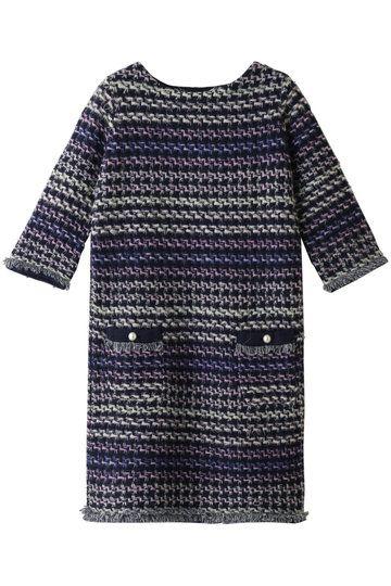 Clothing, Blue, Sleeve, Black, T-shirt, Pattern, Dress, Design, Outerwear, Day dress,