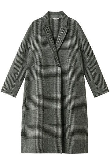 Clothing, Outerwear, Sleeve, Coat, Pattern, Plaid, Collar, Overcoat, Robe, Design,