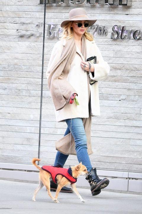 Street fashion, Clothing, Dog walking, Fashion, Pink, Jeans, Companion dog, Footwear, Snapshot, Outerwear,