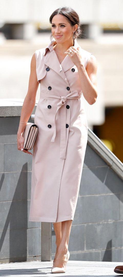 Clothing, Trench coat, White, Coat, Fashion model, Pink, Fashion, Shoulder, Waist, Outerwear,