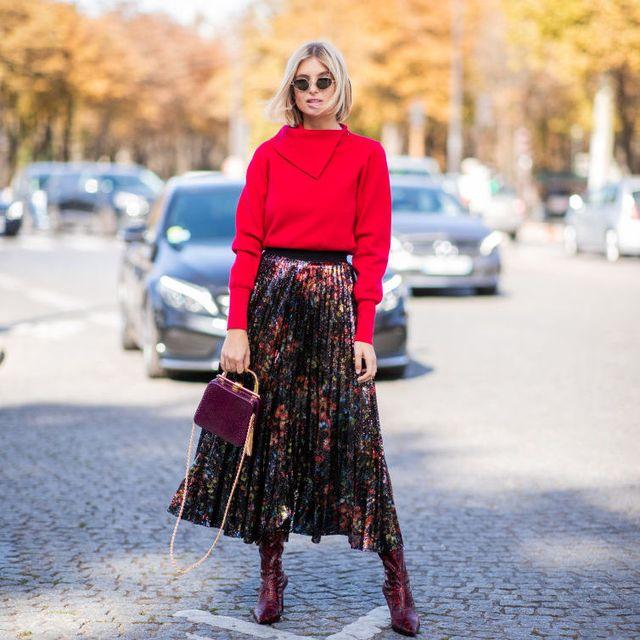Clothing, Street fashion, Fashion, Pink, Waist, Footwear, Dress, Brown, Crop top, Shoulder,
