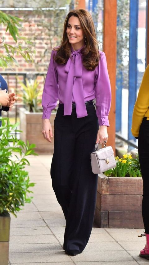 Clothing, Purple, Violet, Pantsuit, Fashion, Formal wear, Suit, Pink, Blouse, Street fashion,