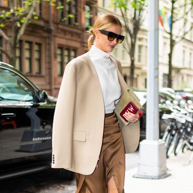 Clothing, Street fashion, White, Fashion, Coat, Snapshot, Outerwear, Leg, Footwear, Sunglasses,