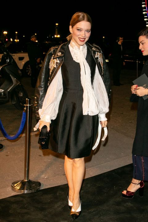 Clothing, Fashion, Fashion model, Outerwear, Leg, Event, Dress, Fashion design, Shoe, Formal wear,
