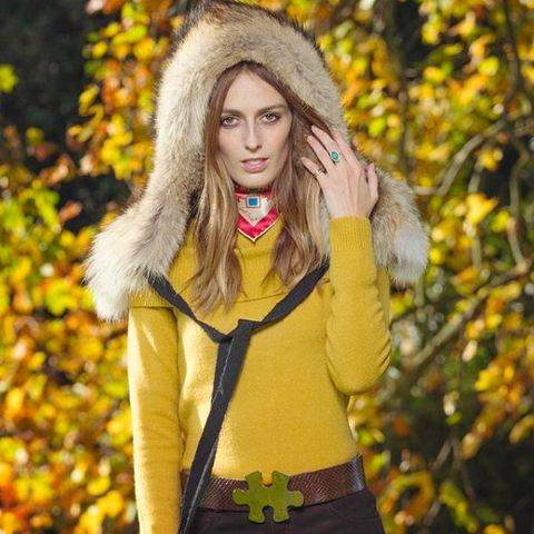 Yellow, Clothing, Street fashion, Beauty, Outerwear, Fashion, Jacket, Autumn, Fur, Lip,