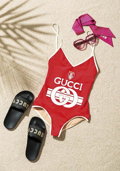 Clothing, Red, Product, Footwear, Pink, Font, Illustration, Shoe, T-shirt, Carmine,