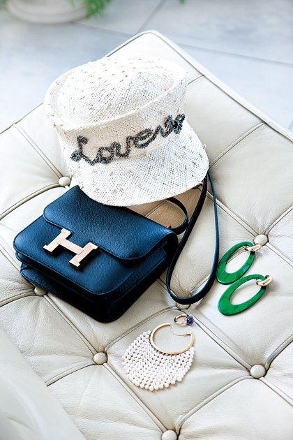 Blue, Fashion accessory, Wedding ceremony supply, Glasses, Eyewear,