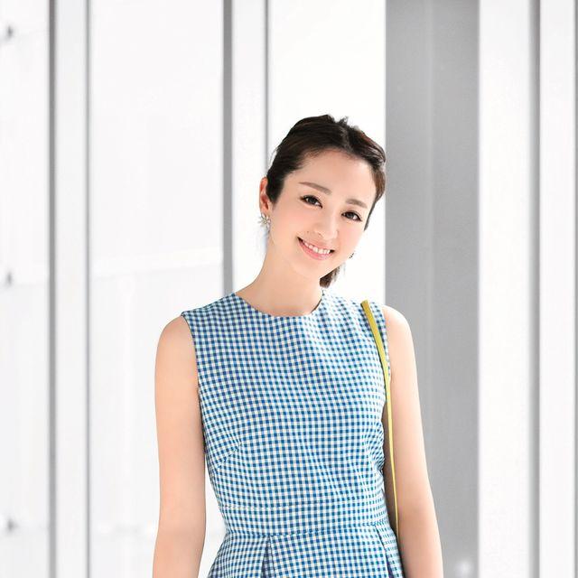 Clothing, Neck, Dress, Shoulder, Polka dot, Pattern, Pattern, Design, Sleeve, Sleeveless shirt,