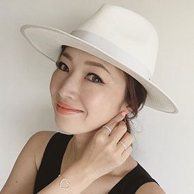 Clothing, Nose, Lip, Finger, Hairstyle, Skin, Chin, Hat, Eyebrow, Photograph,