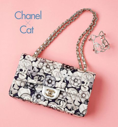 Product, Bag, Pattern, Fashion accessory, Style, Font, Shoulder bag, Luggage and bags, Fashion, Metal,