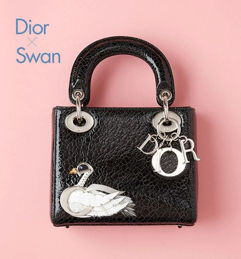 Product, Style, Bag, Metal, Shoulder bag, Material property, Iron, Design, Silver, Leather,