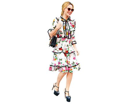 Sleeve, Dress, Style, Goggles, One-piece garment, Magenta, Day dress, Pattern, Fashion illustration, Street fashion,