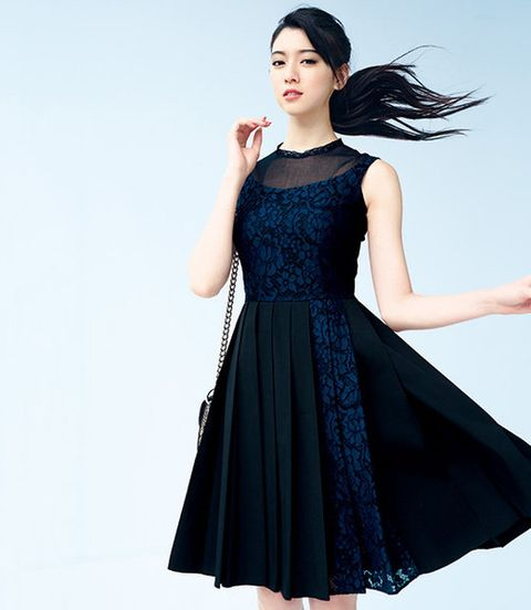 Clothing, Blue, Hairstyle, Sleeve, Dress, Shoulder, Joint, Standing, One-piece garment, Formal wear,