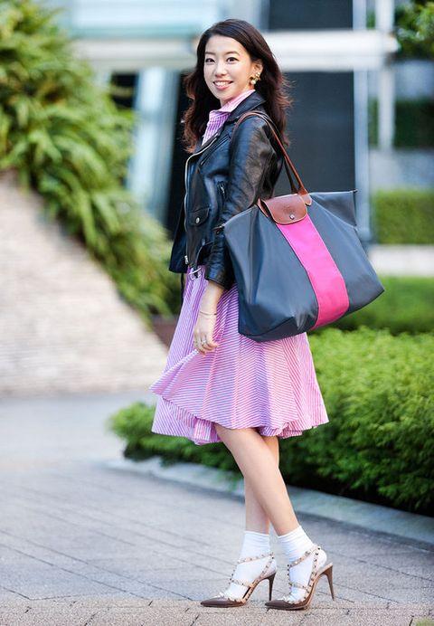 Clothing, Textile, Bag, Human leg, Pink, Style, Purple, Fashion accessory, Street fashion, Magenta,