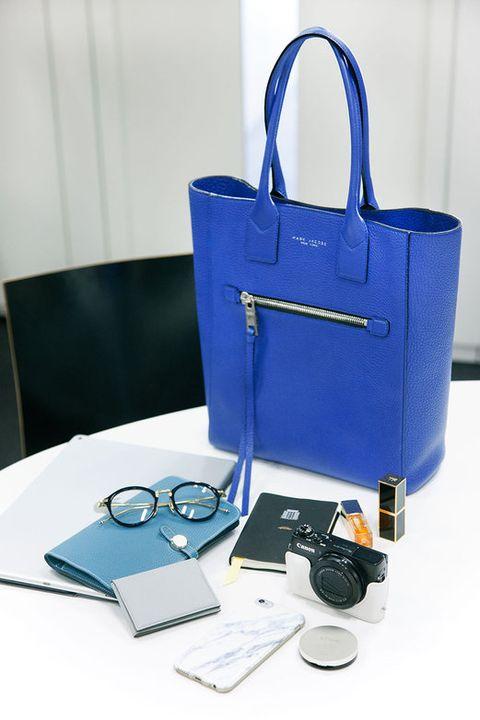 Blue, Product, Electronic device, Electric blue, Bag, Cobalt blue, Azure, Gadget, Teal, Technology,
