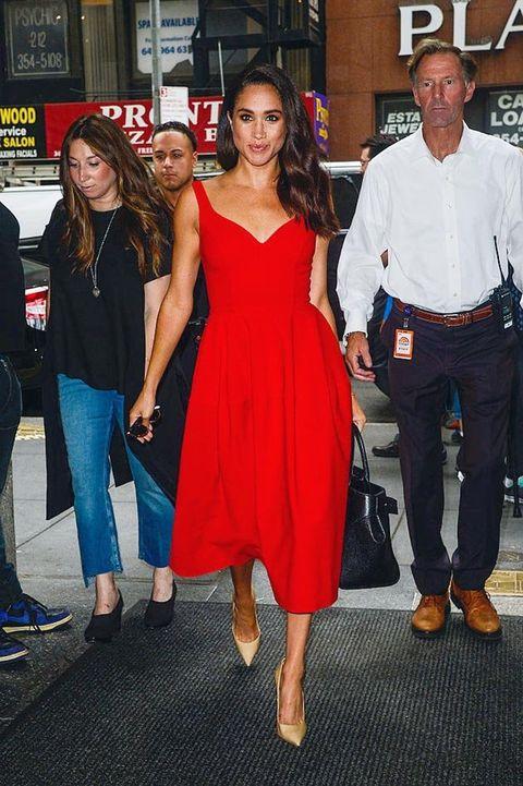 Clothing, Footwear, Leg, Trousers, Dress, Shirt, Dress shirt, Jeans, Red, Outerwear,