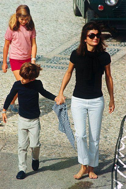 People, Jeans, Vacation, Walking, Holding hands, Interaction, Shoulder, Gesture, Fun, Footwear,