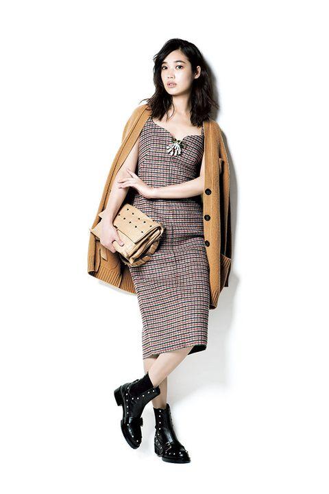 Clothing, Fashion model, Shoulder, Fashion, Beige, Footwear, Pattern, Dress, Joint, Outerwear,