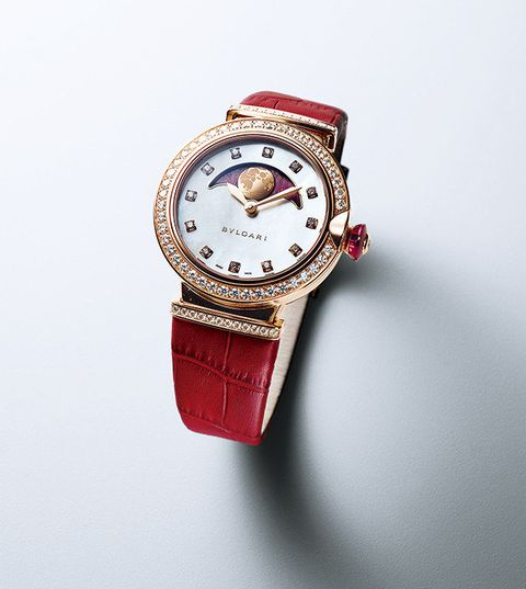 Watch, Analog watch, Watch accessory, Red, Fashion accessory, Jewellery, Strap, Fashion, Material property, Still life photography,