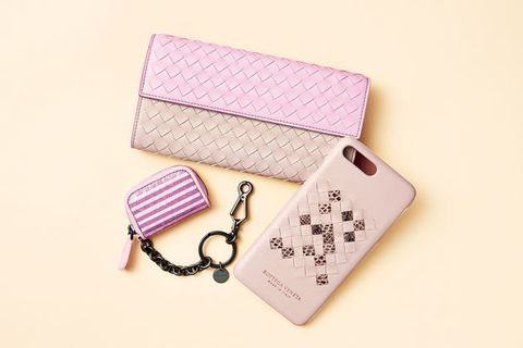 Pink, Wallet, Lavender, Fashion accessory, Material property, Coin purse, Rectangle, Wristlet,