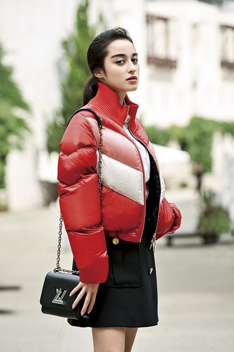 Clothing, Street fashion, Red, Fashion, Coat, Shoulder, Outerwear, Beauty, Jacket, Snapshot,