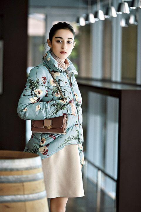 Clothing, Fashion model, Street fashion, Fashion, Beauty, Outerwear, Waist, Shoulder, Fashion design, Model,