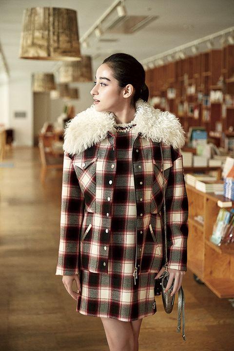 Fur clothing, Clothing, Fur, Plaid, Tartan, Outerwear, Pattern, Fashion, Textile, Coat,
