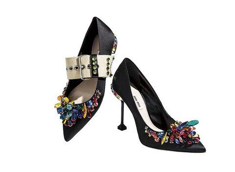 Footwear, High heels, Shoe, Leg, Basic pump, Slingback, Mary jane, Sandal, Court shoe, Font,