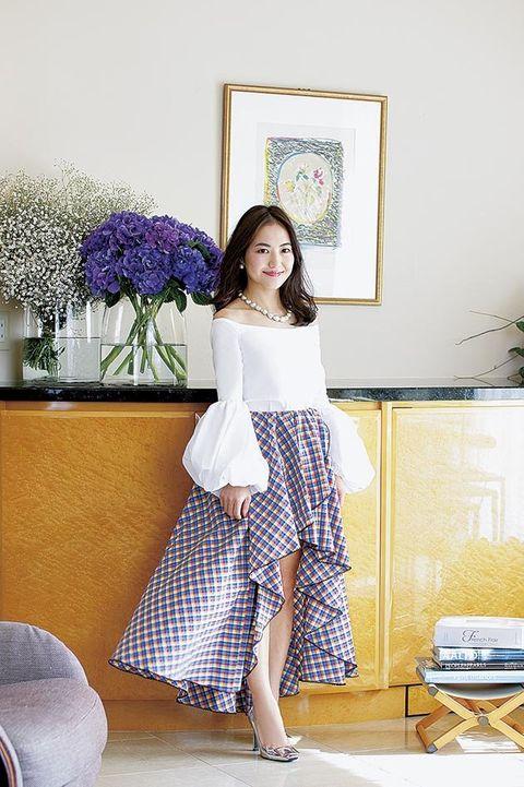 White, Clothing, Yellow, Shoulder, Purple, Beauty, Lilac, Room, Lavender, Fashion,